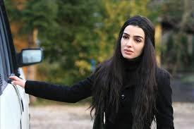 Mehrnoush Esmaeilpour (Babamın Günahları Feride) Oynadığı Diziler